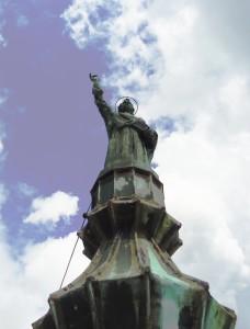CAMPANILE CATTEDRALE - statua s.Pietro