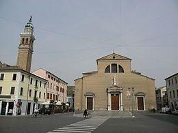 La Cattedrale ed entrata Museo