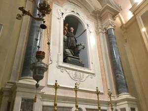 Chiesa di Ficarolo2 Altare S. Antonio