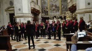 coro plinius e coretto arcobaleno di voci